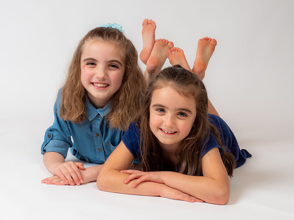 trebor photography sisters portraits by qualified photographer