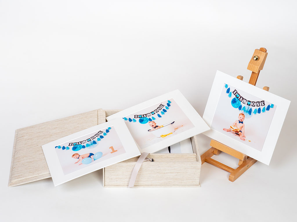 trebor photography - lining memory box with 15 prints to create forever lasting memories